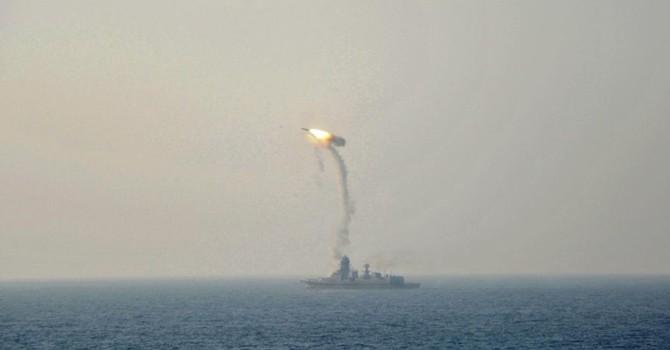 Ấn Độ chuẩn bị bán tên lửa chống hạm siêu thanh cho Việt Nam