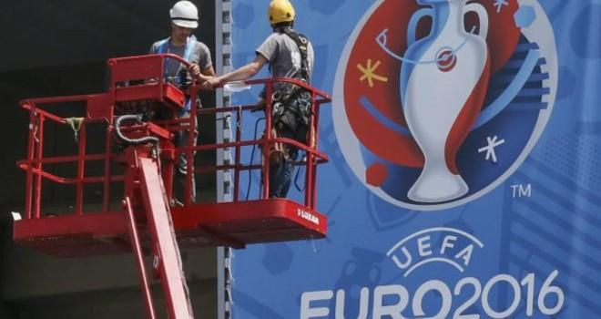 Pháp: Cảnh báo đình công gián đoạn Euro 2016