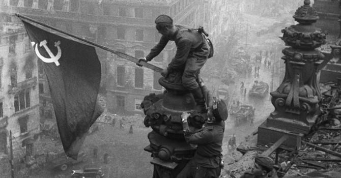 Người Nga cho rằng Liên Xô có thể thắng thế chiến II mà không cần đến đồng minh