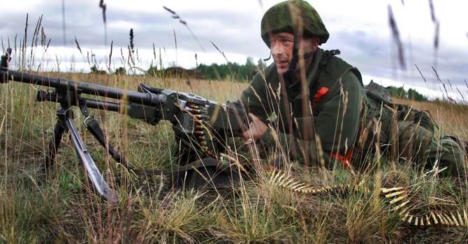 """Litva khôi phục chế độ nghĩa vụ quân sự vì """"mối đe dọa Nga"""""""