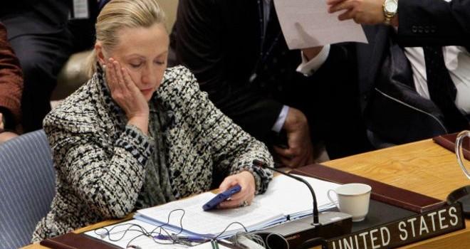Email của bà Clinton 'gây nguy hiểm' cho Mỹ