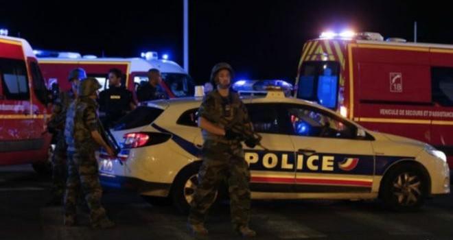 Thủ phạm tấn công Nice 'liên quan IS'