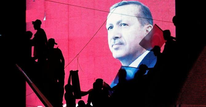 """Cuộc đảo chính ở Thổ Nhĩ Kỳ nhằm """"ngăn chặn việc bắt giữ gần 3.000 thẩm phán"""""""