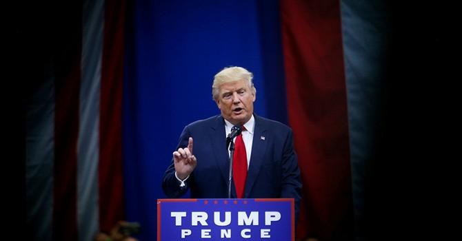 """Ông Trump tuyên bố """"không phải là bạn"""" của Tổng thống Nga Putin"""