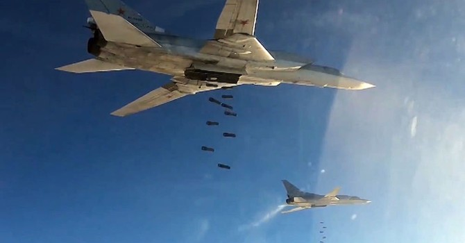 Sáu máy bay ném bom tầm xa Tu-22M3 tấn công IS trên lãnh thổ Syria