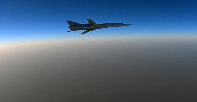 Máy bay ném bom Nga cất cánh từ Iran tấn công IS ở Syria