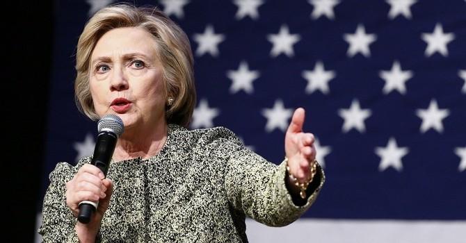"""Bà Clinton gọi ông Putin là """"Cha đỡ đầu của chủ nghĩa dân tộc toàn cầu"""""""