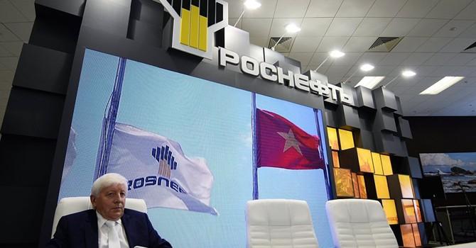 Việt Nam tiếp tục đối thoại với Gazprom và Rosneft về cổ phần nhà máy lọc dầu Dung Quất
