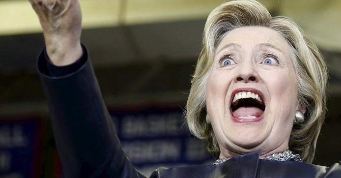 """Kênh truyền hình Mỹ """"chôn sống"""" bà Hillary Clinton trên sóng"""