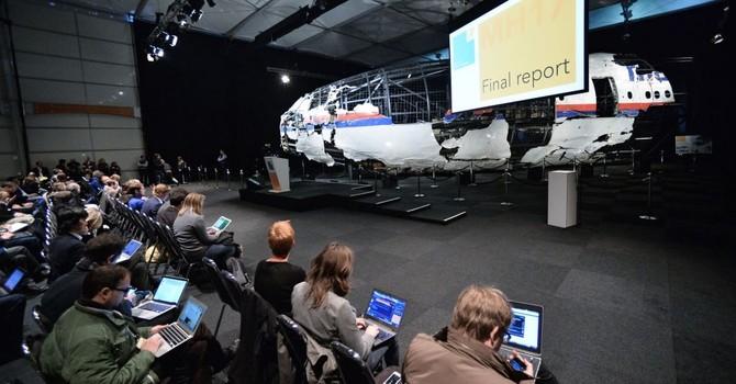 """Nga tiết lộ thông tin về tên lửa """"Buk"""" cho cuộc điều tra về vụ MH17"""