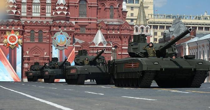 'Hàng khủng' Armata của Nga sẽ làm gì khi đối đầu với xe tăng và tên lửa Mỹ?