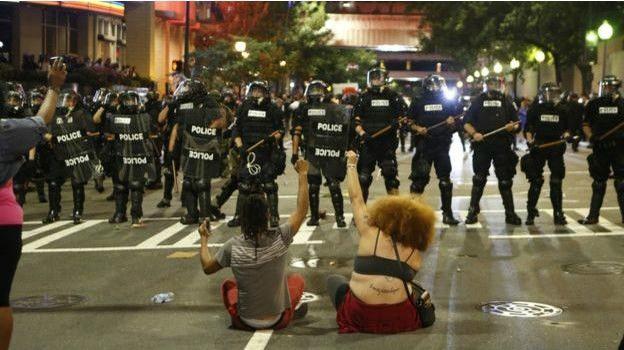 Mỹ đưa Vệ binh Quốc gia đến Charlotte dẹp loạn biểu tình