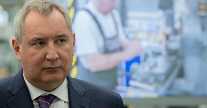 Ông Rogozin cảnh cáo Kiev về việc gây hấn trên biên giới với Crimea