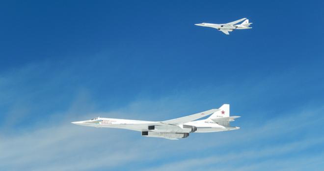Nato đưa hai chiến đấu cơ lên chặn máy bay ném bom Nga