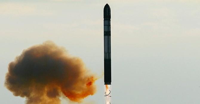 Báo Nga: Mỹ có dám khoe vũ khí trước 'sản phẩm siêu thanh 4202' của Nga?