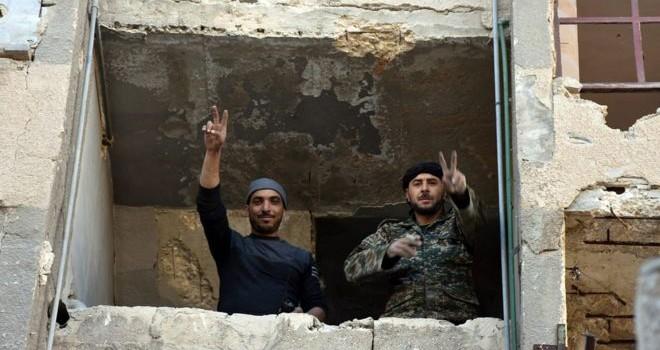 Quân chính phủ Syria chiếm lại một phần Aleppo