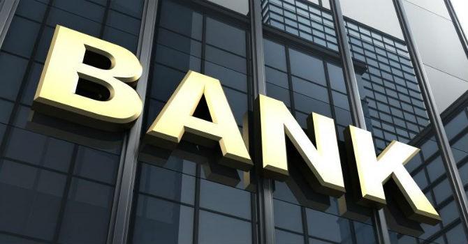 """Phó giám đốc Học viện Ngân hàng: """"Khát"""" sinh viên vì áp lực chỉ tiêu doanh số"""