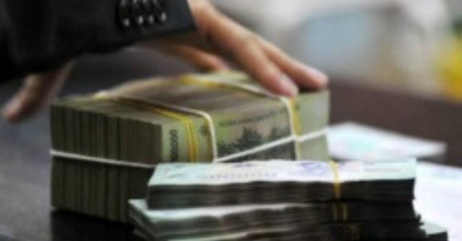 Tài chính 24h: Ngân hàng đang mạo hiểm với thanh khoản?