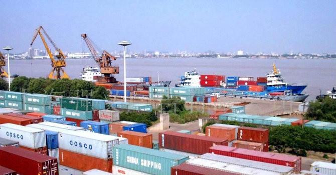 Nửa đầu tháng 11, Việt Nam nhập siêu 273 triệu USD