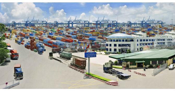 Tháng 11, Việt Nam lại quay trở lại nhập siêu