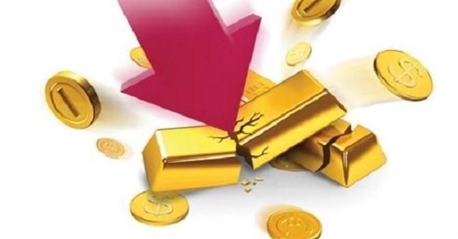 Tài chính 24h: Vỡ nợ vì kinh doanh vàng ảo, người Việt mang USD sang Lào gửi?