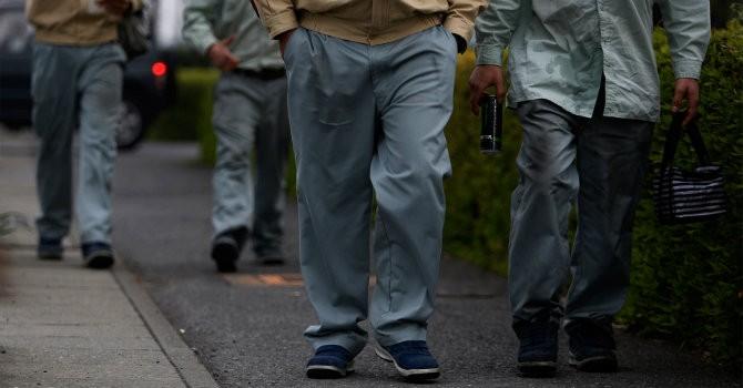 Công nhân nước ngoài đang bị bóc lột như thế nào tại Nhật?