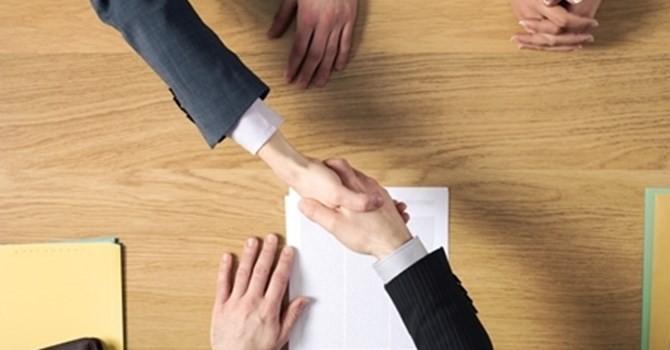 Tài chính 24h: Doanh nghiệp Nhà nước lấn át giành tín dụng từ ngân hàng