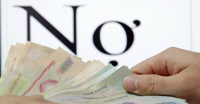 Tài chính tuần qua: Ngân hàng đua huy động tiền gửi để trả lãi tiền gửi cũ?