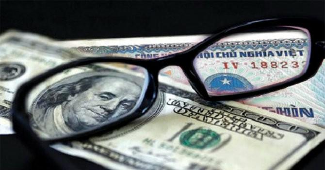 """Tài chính 24h: Ngân hàng vay USD lãi cao, tiền ảo """"tấn công"""" nông dân"""