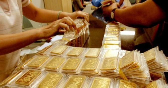 Giá vàng SJC bất ngờ tăng vọt