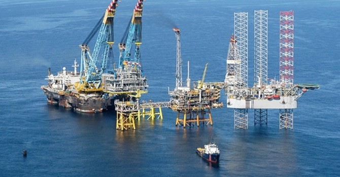 """Doanh nghiệp 24h: Sự tháo chạy của hàng loạt """"đại gia"""" dầu khí"""