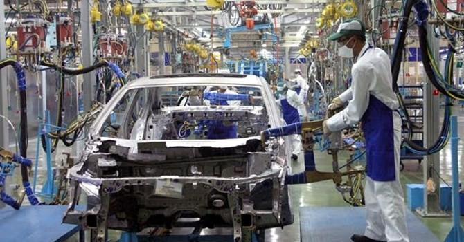 Doanh nghiệp 24h: Doanh nghiệp ô tô Nga, Belarus gấp rút thành lập liên doanh tại Việt Nam