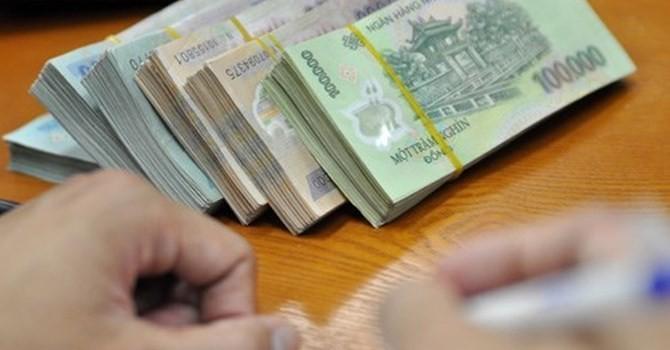 """Tài chính tuần qua: BIDV đã """"thuận"""" theo Bộ Tài chính, Vietinbank thì sao?"""
