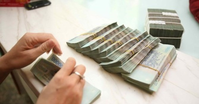 """Tài chính 24h: 4 ngân hàng lớn bị """"lừa"""" hơn 400 tỷ đồng"""