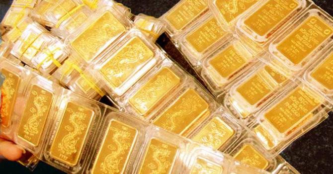 Giá vàng SJC giảm theo đà thế giới