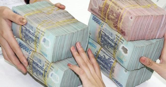 Tài chính 24h: Nhiều ngân hàng bất ngờ hạ lãi suất huy động