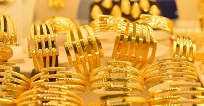 Giá vàng SJC tăng giá chiều mua, giảm chiều bán