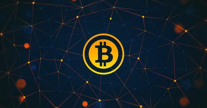 Tài chính 24h: Giá Bitcoin lập kỷ lục mới