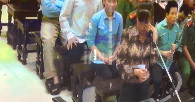 Phiên toà chiều 19/9: Hà Văn Thắm xin nhận tội để giảm nhẹ cho nhân viên