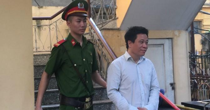 [Ảnh] Hà Văn Thắm trước giờ tuyên án