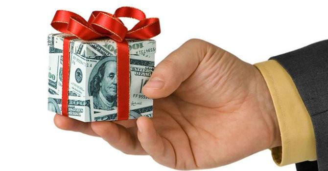 """Tài chính tuần qua: Nhân viên ngân hàng kỳ vọng thưởng """"đậm"""" cuối năm"""