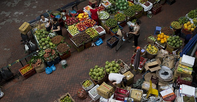 Vietnam Consumer Prices Hit 13-Year Low in October