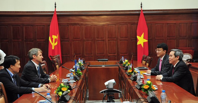 IFC Wants to Boost Footprint in Vietnam
