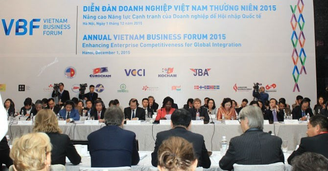 [Round-up] Vietnam Pledges Better Business Environment, Foreign Firms Ask for Looser Visa Policy