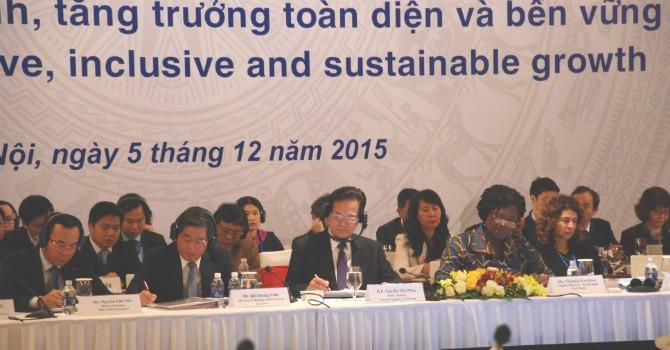 Vietnam Govt Pledges to Secure Public Debt, Better Business Environment