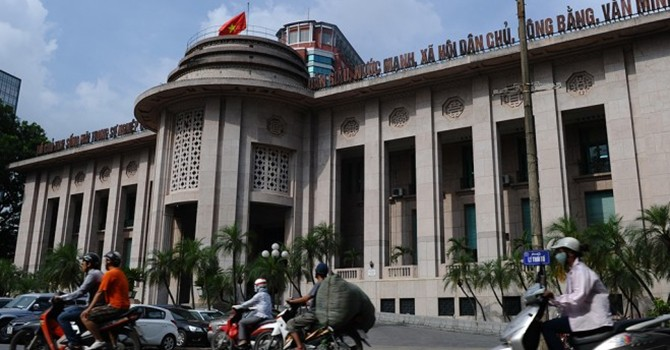 Vietnam Starts New Forex Rate Mechanism to Tackle Hoarding