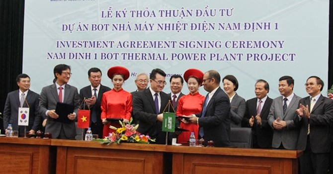Foreign Consortium Strikes Deal for $2 Billion Power Project in Vietnam