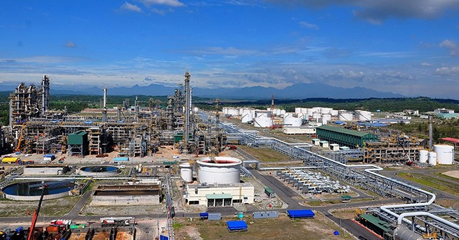 Vietnam Sole Active Oil Refinery Pleas for Tax Cut