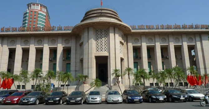 Vietnam Central Bank Sees Heavy Upward Pressure on Interest Rates