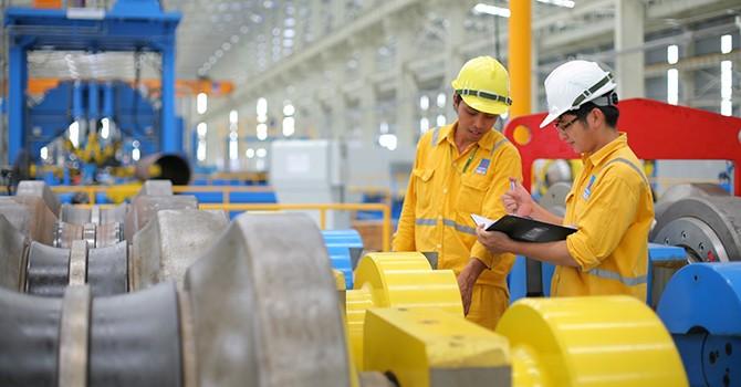 Vietnam Struggles to Attain 6.7% GDP Growth This Year